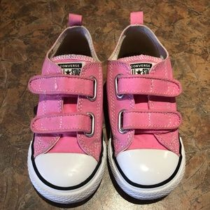 Other - Girls size 10 converse All Star